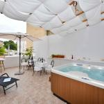 Old Town Jacuzzi Suite, Zadar