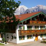 Ferienwohnungen Almblick,  Schönau am Königssee