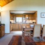 Cameron House Two Bedroom Detached Lodge L80, Balloch