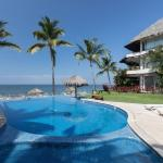 SWEET BREEZE Beachfront apartment # 14 with pool in BUCERIAS., Cruz de Huanacaxtle