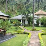 Villa Tujuh,  Mangsit