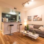 3 bedroom Apt. in the Heart of Hollywood, Los Angeles