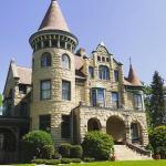 Castle La Crosse, La Crosse