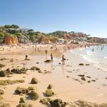 Villa V4 com Piscina Privada a 400 metros da Praia,  Olhos de Água
