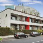 Executive Apartment With Bay Views, Melbourne