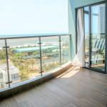 Beach Front Sea View Apartment, Vung Tau