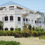 Little Savoy Guest House, Runaway Bay