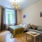 Large apartment near fountains and metro,  Saint Petersburg