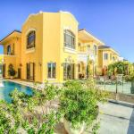 Short Booking - Five Bedrooms Long Beach Villa, Frond E, Dubai