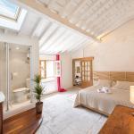 Stunning Apartment Place de la Canourgue,  Montpellier