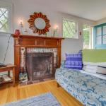 The Vacation House,  Vineyard Haven