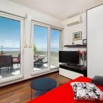 TOP LOCATION! Beach and Centre Apartment, Split