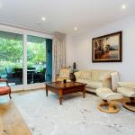 Veeve - Waterfront Flat,  London