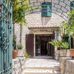 Desha Apartments, Kotor