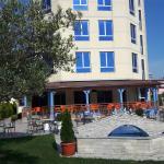 Hotel Globi, Velipojë
