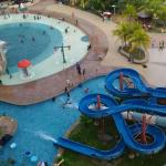 Private Studio Apartment with Water Park View, Melaka