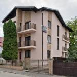 Twins Apart Hotel, Braşov
