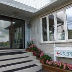 Hotel Pictures: Motel Belle Riviere, Saint-Jean-sur-Richelieu