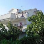 Apartment Vedrana,  Tribunj