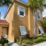 Terra Verde Lakeside Retreat - Four Bedroom Home, Kissimmee