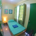 NoMadsMNL Backpackers Homestay,  Manila