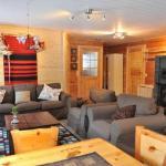 Holiday Home Aurora cabin,  Kakslauttanen