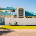 Swan Lake House, Gold Coast