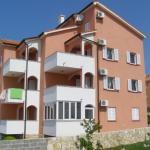 Apartments Daniel,  Novalja