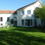 Chambre d'hôtes Villa du Hameau de la Reine, Le Chesnay