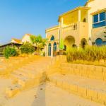 Short Booking - Four Bedrooms Crystal Beach Villa, Frond C, Palm Jumeirah, Dubai