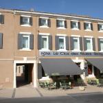 Hotel Pictures: Logis Hotel Le Clos Des Oliviers, Bourg-Saint-Andéol