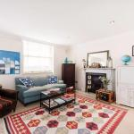 Charming Central 2-Bed with Fabulous Terrace,  London