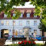 Hotel Pictures: Bluhm's Hotel & Restaurant am Markt, Kyritz