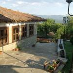 Hotel Pictures: Guest House Zarkova Kushta, Zheravna