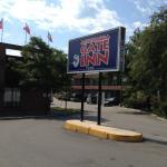 Hotel Pictures: Mississauga Gate Inn, Mississauga