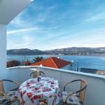 One-Bedroom Apartment Arbanija with Sea View 01, Trogir