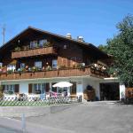 Hotel Pictures: Chalet Sunneschyn, Schwanden