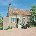 Holiday Home Saint Sulpice - 01, Fours