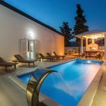 Three-Bedroom Holiday Home in Split, Split
