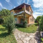 Three-Bedroom Holiday Home in Medulin,  Medulin