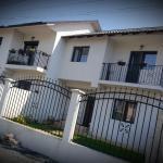 House Ania, Mamaia