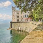 Casa Massimiliano,  Trieste