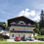 Three-Bedroom Apartment with Mountain View in Wagrain, Wagrain