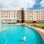 Park-hotel Noviy Vek, Engels