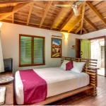 Aqua: Casa Urraca Luxury Tree House Studio,  El Gigante