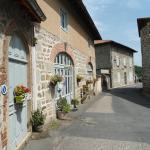 Chez Hélène et Patrick Saget, L'Hôpital-sous-Rochefort