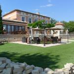 Hotel Pictures: Le Moulin des forges, Fuveau