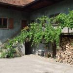 Hotel Pictures: Domaine du Grand Cellier - Insolite, Tournon