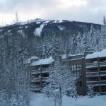 Hotel Pictures: Tantalus Resort Lodge, Whistler