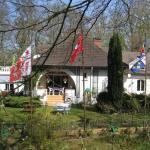 Les Roches Brunes - Chambres d'hôtes, Fleurines